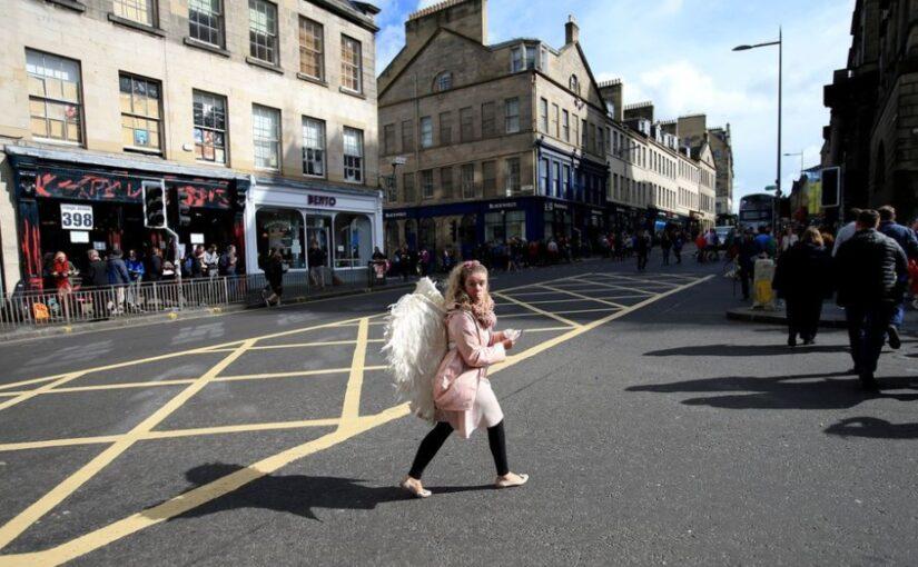 Festival Edinburgh Mengatur Kembali Hubungan Dengan Kota dan Dunia